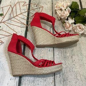 Steve Madden 8.5M wedges espadrilles red sandals